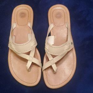 UGG MIREYA Sandal